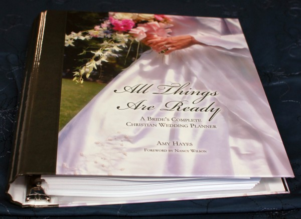 The new wedding planner binder